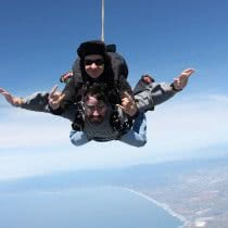 friends-enjoying-adventurous-skydive-jump